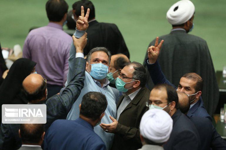 مجلس باز هم نفهمید به چه چیزی رای داده/اقدام سخت در برابر برجام،دنیا را علیه ایران متحد می کند